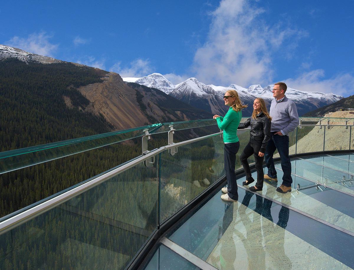 Смотровая площадка Glacier Skywalk, Канада, Северная Америка и Карибы