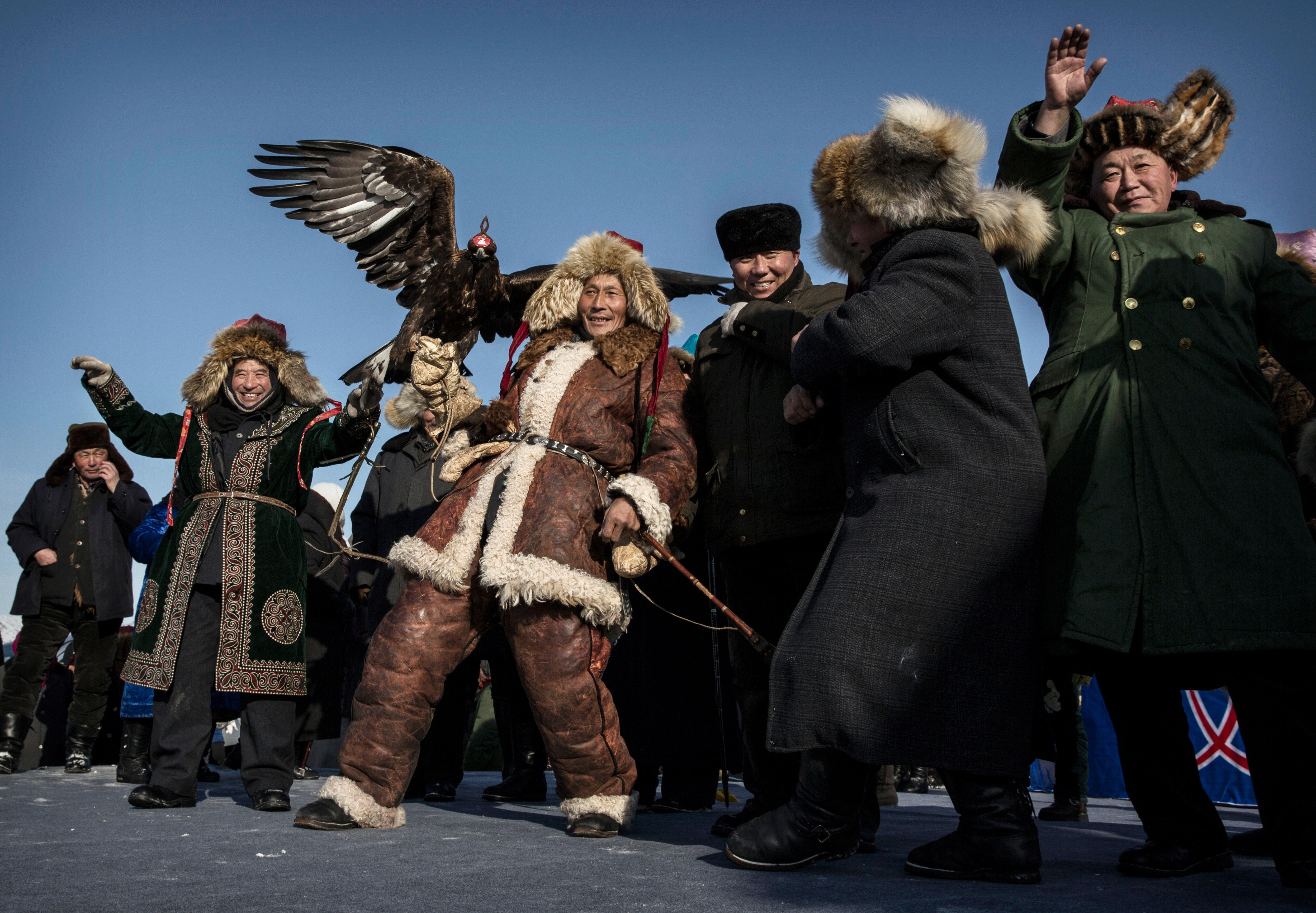 Западный Китай, казахское меньшинство сохраняет культурные традиции